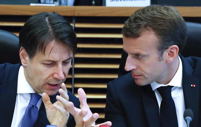 Parigi: 'Richiamo dell'ambasciatore non permanente, ma segnale'