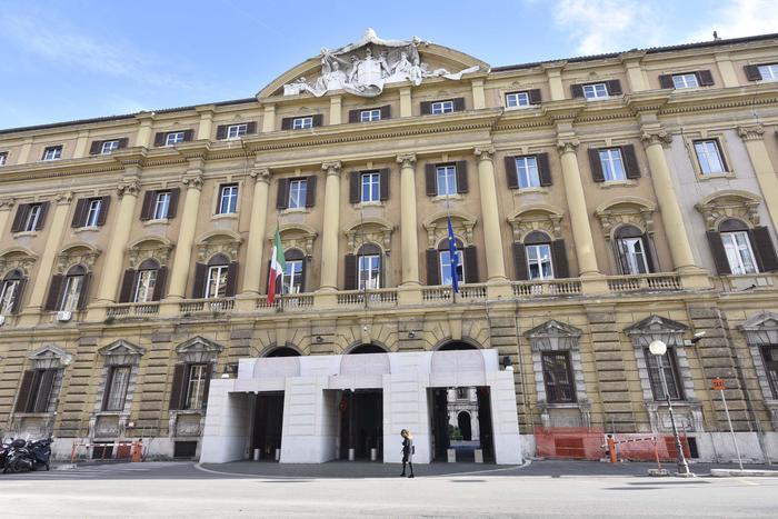 Legali-commercialisti-notai,no bando Mef