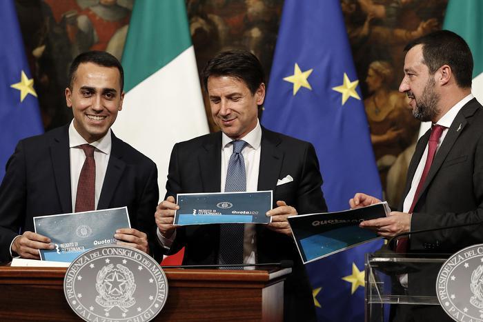 Ocse vede nero per Italia, -0,2% Pil