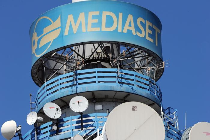 Mediaset: utile 2018 corre a 471 milioni