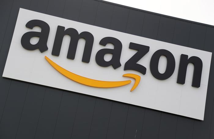 Amazon, stop divieto per venditori terzi