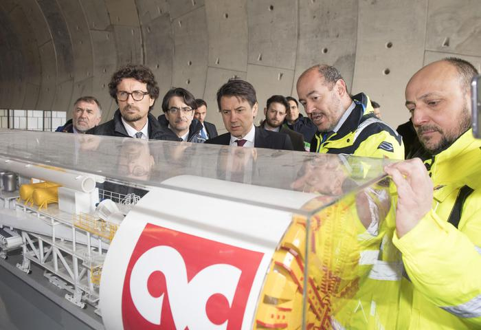 """Tav, Conte: """"Referendum non é previsto"""""""