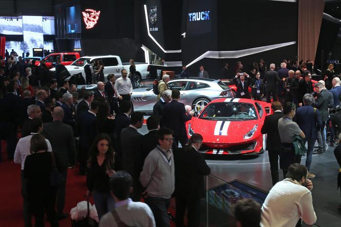 Vendite auto in Europa, -0,9% a febbraio