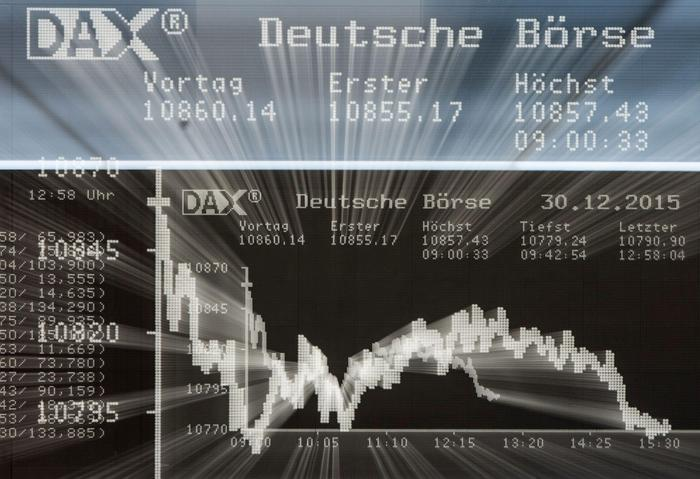 Borsa: Europa apre poco mossa