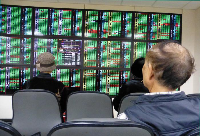 Borsa Shanghai poco mossa, apre a +0,11%