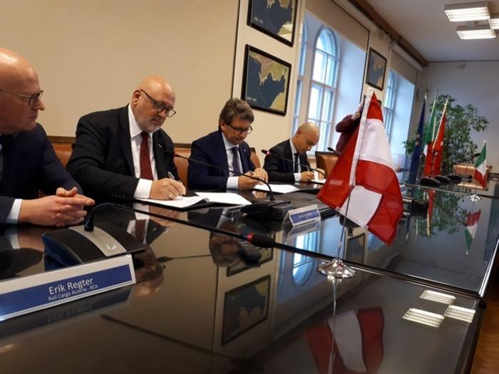 Porti: accordi Trieste-ferrovie Austria