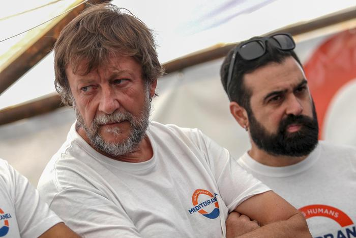 Luca Casarini, da leader dei centri sociali e No Global all'azione pro migranti