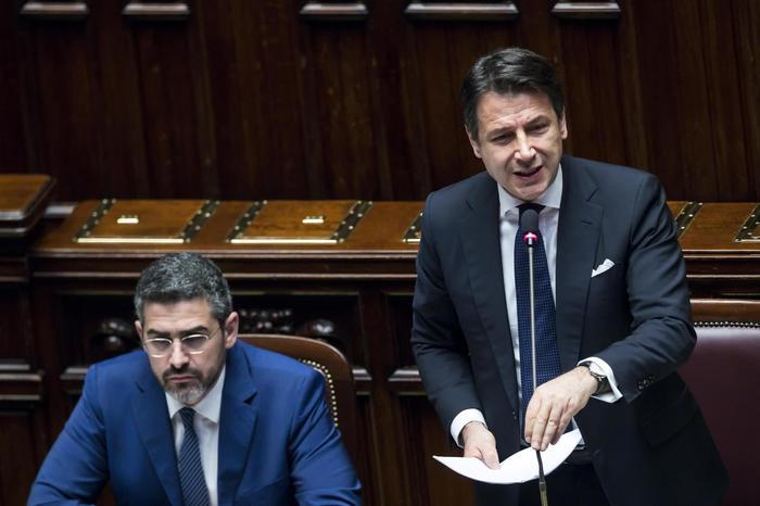 Conte in Aula. Pd all'attacco su caso Mediterranea. Proteste della Lega