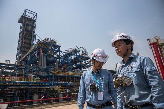 Petrolio:Wti sotto soglia 60 dollari