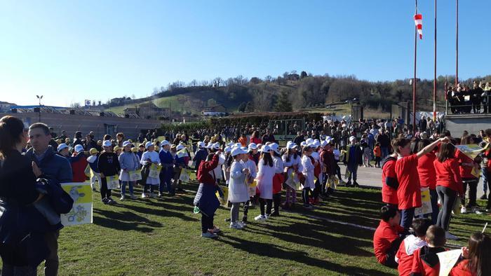 Papa sorvola Amandola,saluta gente sisma