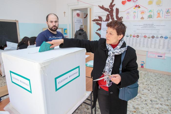 Basilicata, affluenza definitiva 53,58%