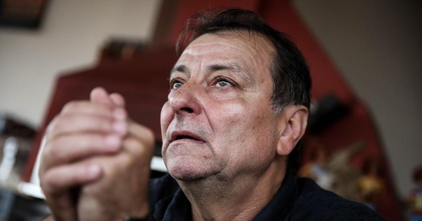 Cesare Battisti ammette i quattro omicidi. «Ho fatto del male e chiedo scusa»