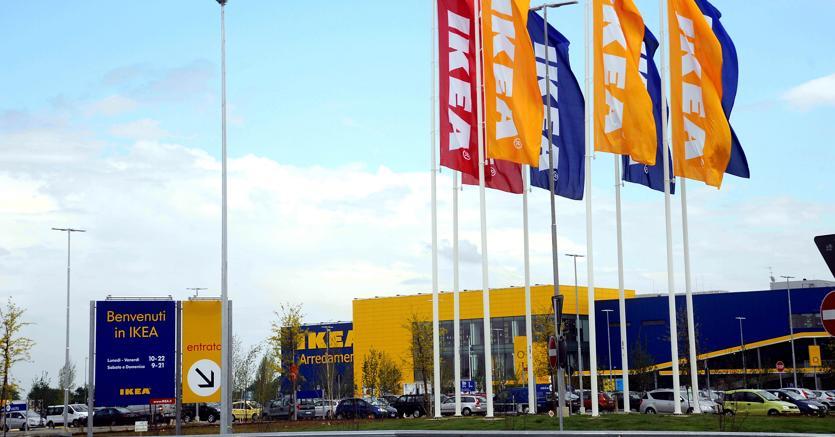 Licenziati per giusta causa dieci dipendenti Ikea
