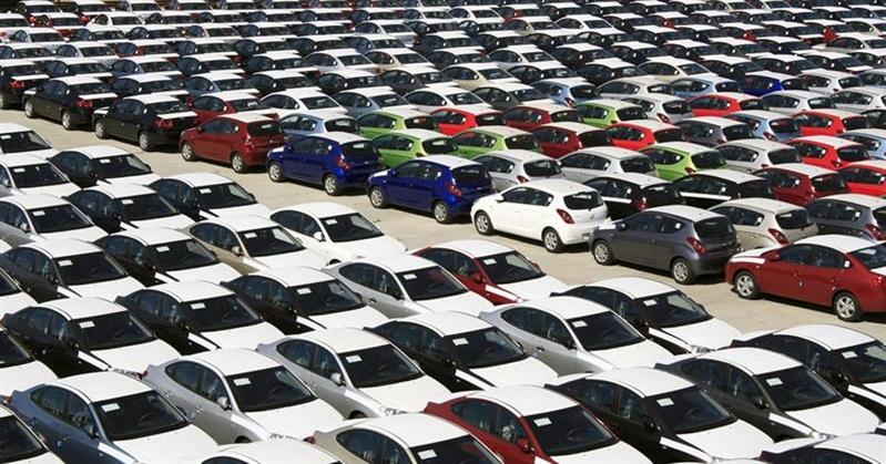 Il paradosso dell'ecobonus:  le auto tassate vendono di più