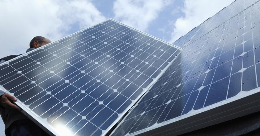Lo stop di solare ed eolico dopo 10 anni di crescita