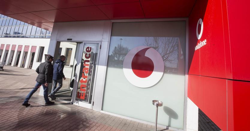 Vodafone,  solidarietà per 4.870 dipendenti