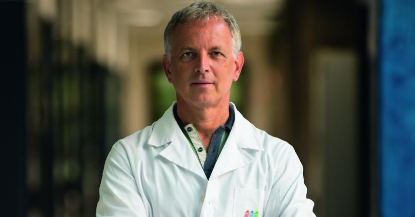 Il direttore del San Raffaele Telethon: «Hiv cavallo di Troia contro i tumori»