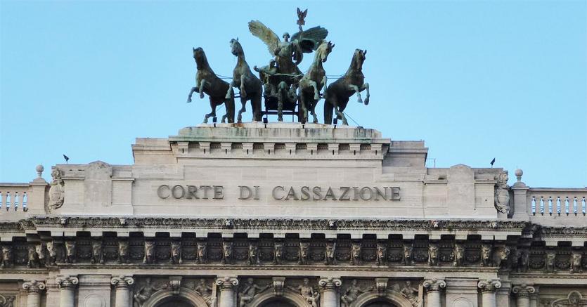 Vittorio Emanuele di Savoia  non ha diritto all'oblio su Cavallo