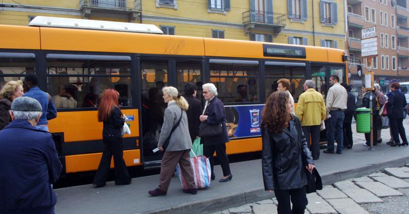 Per bus e metrò 14 miliardi al via: spinta al Pil da 0,2%  e  110mila posti
