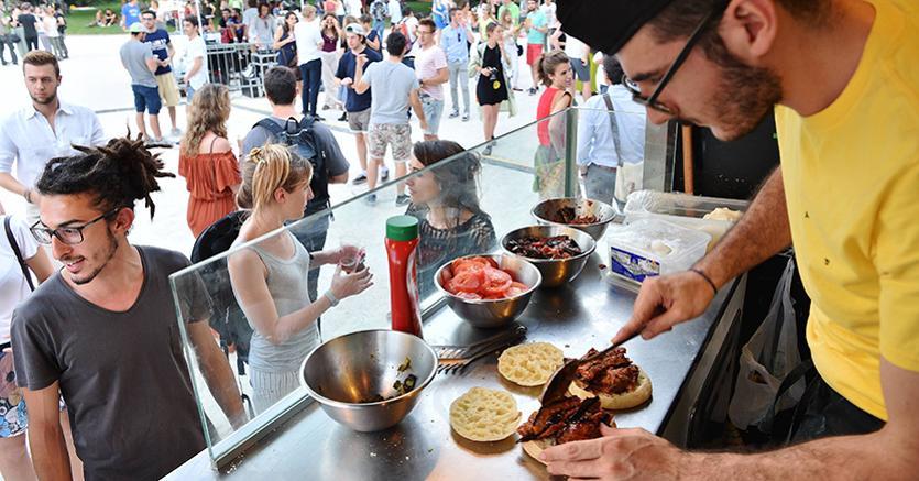 Da Sadler a Cracco, appello di 80 chef contro lo street food