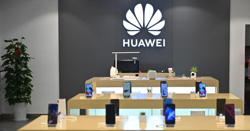 Smartphone, Huawei al secondo posto e sempre più vicina a Samsung