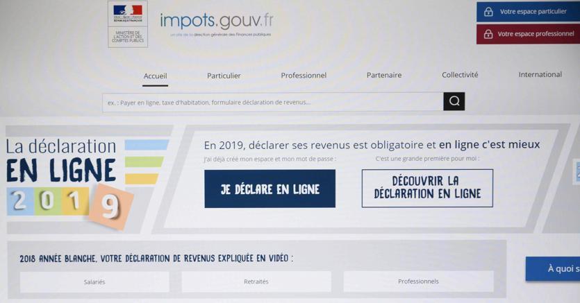 Fisco, dichiarazione  redditi online: Francia in tilt per i troppi accessi