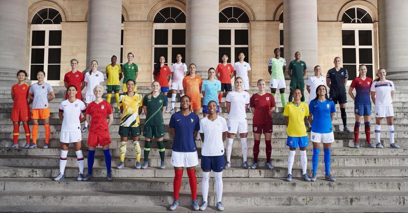 Calcio, 314 milioni di tifosi e gli sponsor puntano sulle donne