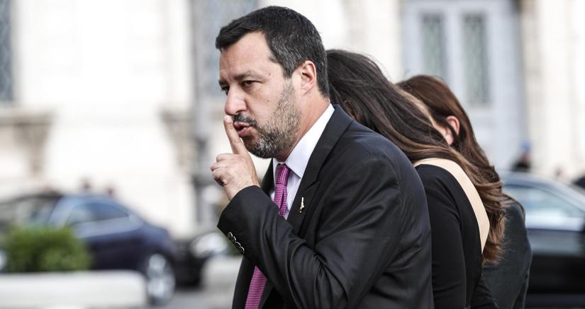 Salvini,  la crociata contro i magistrati e una democrazia non ancora matura