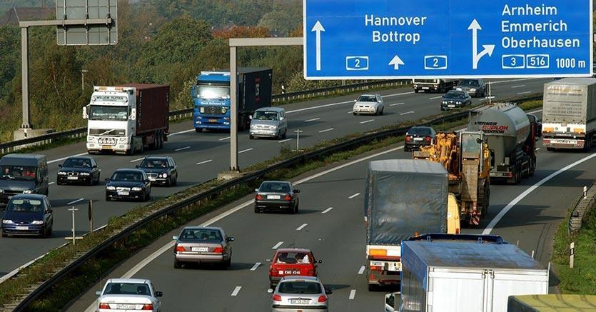 Corte Ue:la «vignetta» per le autostrade tedesche è illegittima
