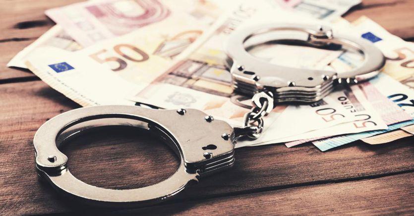 Un bazooka contro l'evasione fiscale e la criminalità organizzata