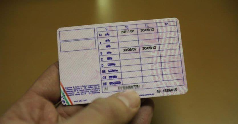 Scuole guida, il Governo bloccherà la restituzione di mezzo miliardo di Iva