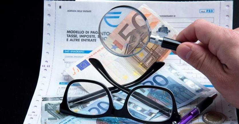 Partite Iva, stretta del governo sulla flat tax fino a 65mila euro: cosa cambia
