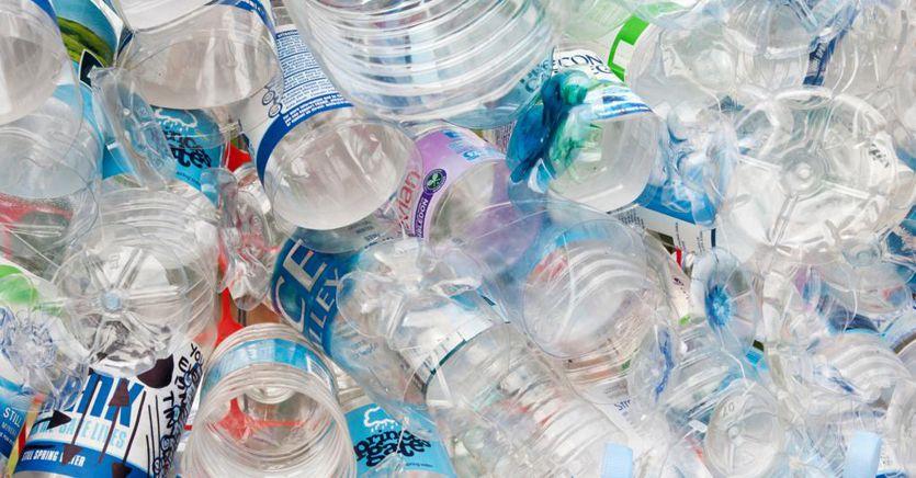 Manovra, plastic e sugar tax, auto e quota 100: ritocchi da 1 miliardo