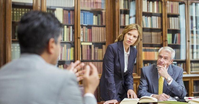 Avvocati a caccia dei crediti in bilico