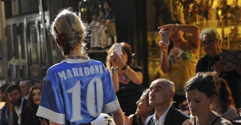 Dolce&Gabbana condannata a risarcire Maradona per l'uso del nome