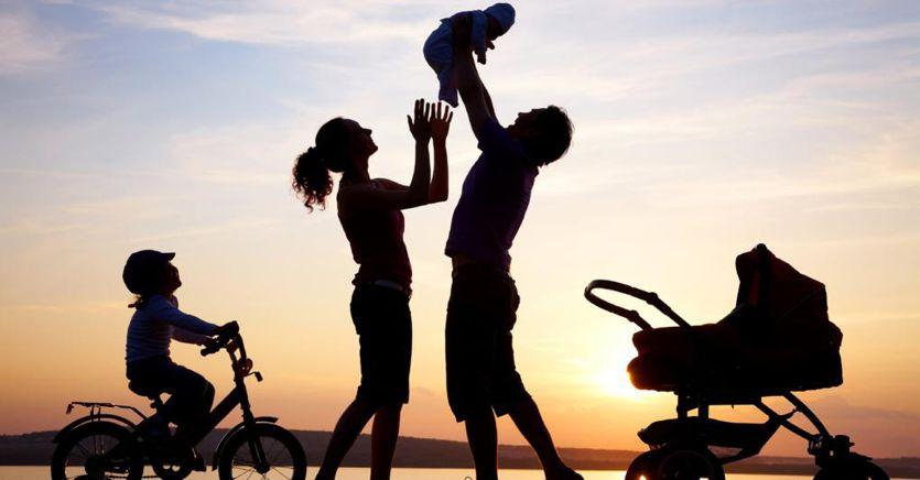 Famiglia, la dote per i figli arriva fino a 9mila euro l'anno
