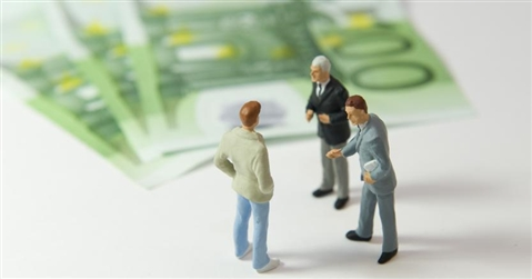 Il salario minimo a 9 euro costa 6,7 miliardi alle imprese