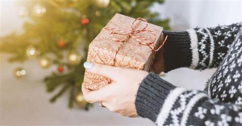 Ecco come comprare gli ultimi regali di Natale senza uscire da casa