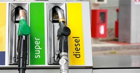 Effetto coronavirus, calano i prezzi di benzina e diesel