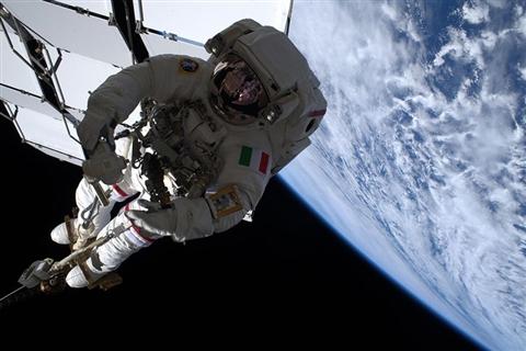 Ecco come la navicella spaziale può evitare di pagare l'Iva