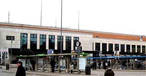 Coronavirus, Frecciarossa vuoti e stazioni senza taxi