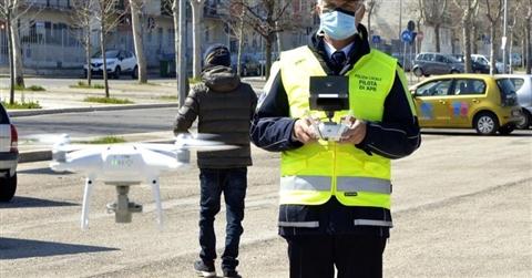 Anche i vigili urbani possono usare i droni. Ma solo con l'ok del prefetto
