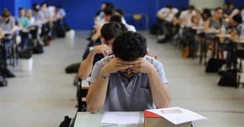 Maturità in classe dal 17 giugno, il colloquio varrà 40 punti su 100