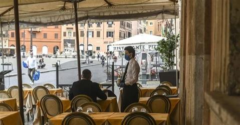 Coronavirus, dal bonus ristoranti ai 600 euro per il turismo: gli aiuti in arrivo con il decreto agosto