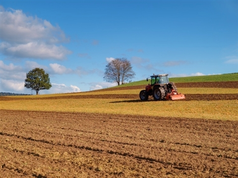 AGRICOLTURA: ESONERO CONTRIBUTIVO TOTALE DAL 01/01 AL 30/06 PER TUTTI I DIPENDENTI
