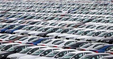 Noleggio auto, ecco le nuove regole sul bollo. Si paga da ottobre ma è rischio caos