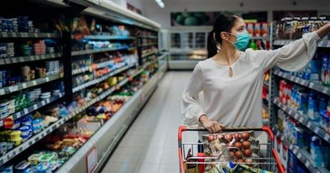Acquisti meno cari e fine delle marche: ecco i lasciti del Covid sui consumi