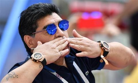 Maradona morto per arresto cardiorespiratorio in casa