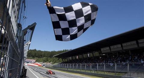 Le bollicine Ferrari Trento per i brindisi ufficiali di Formula Uno